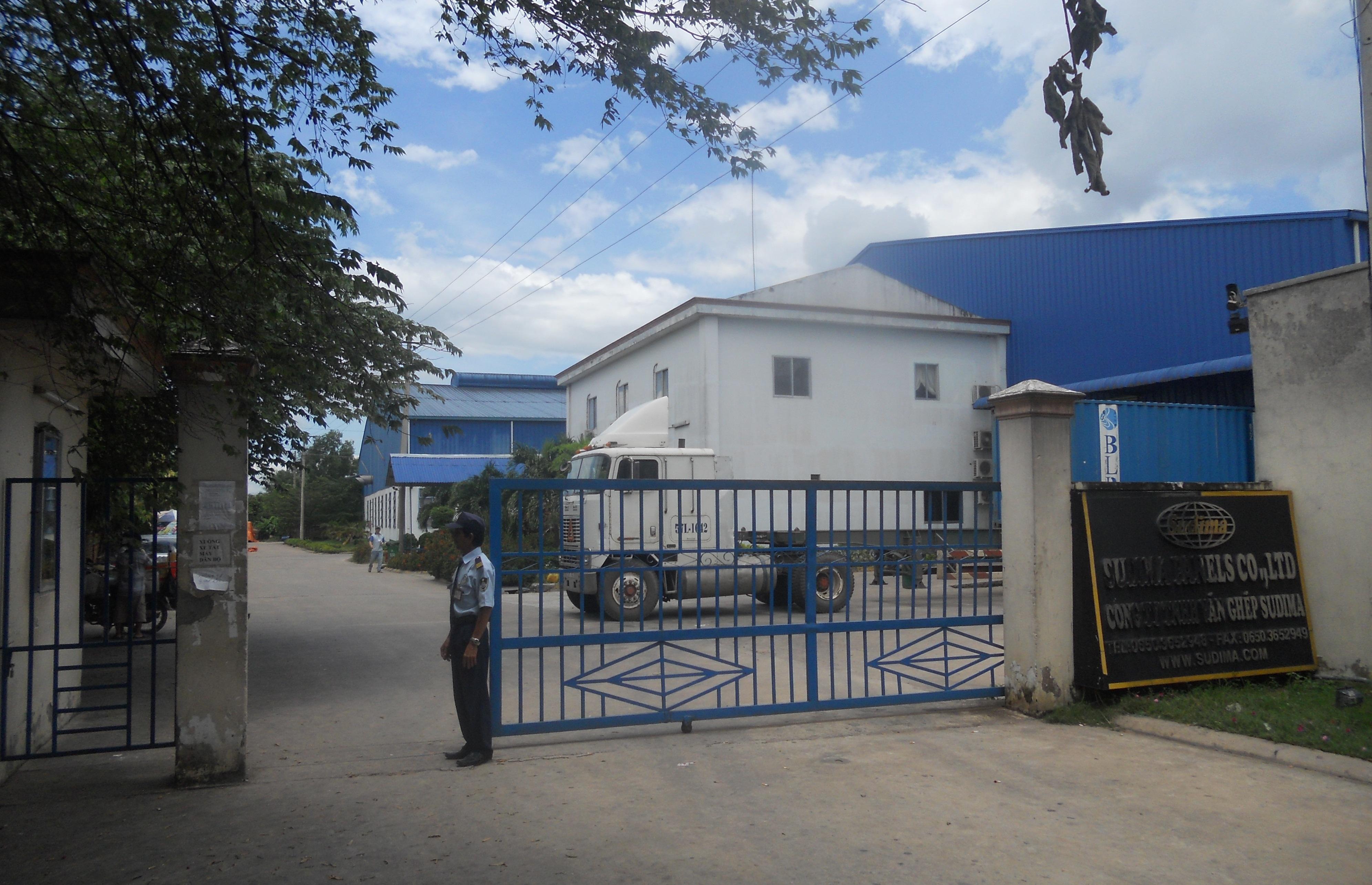 Bảo vệ nhà máy - xí nghiệp - văn phòng công ty